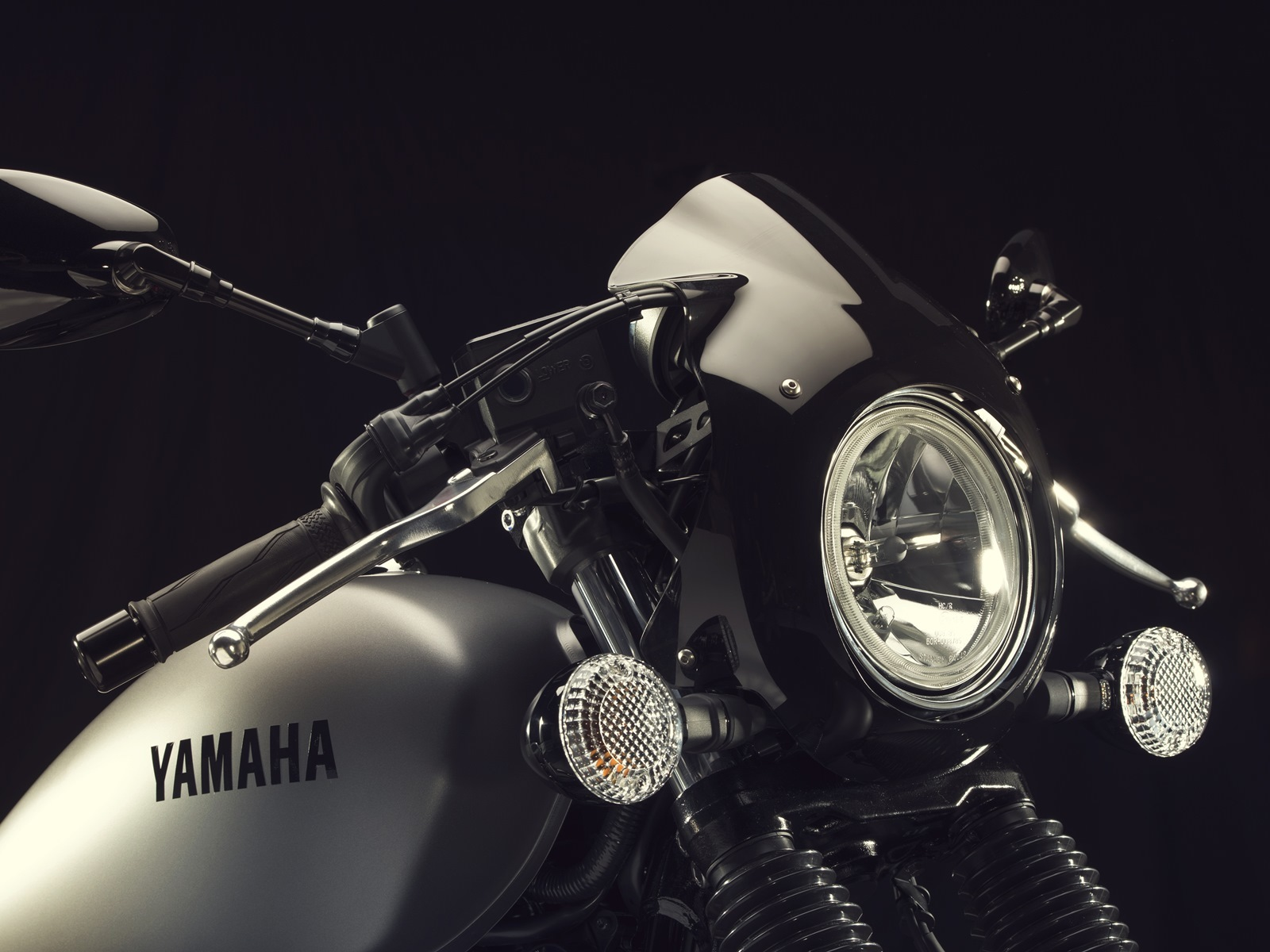 Yamaha XV950 Racer
