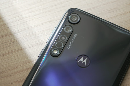 Motorola Moto G8 Plus 11