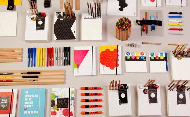 Accesorios minimalistas para el escritorio for Accesorios de oficina