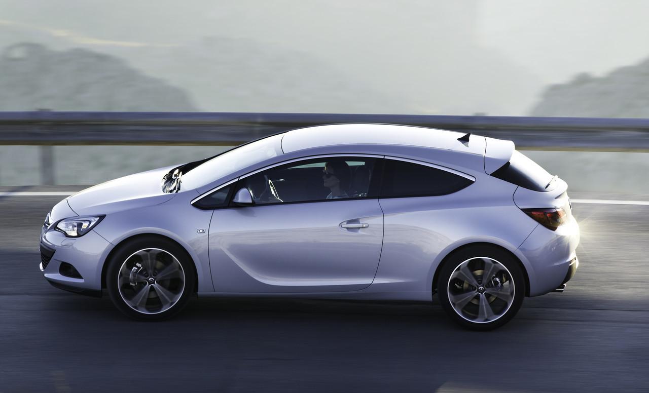 Foto de Opel Astra GTC (53/90)