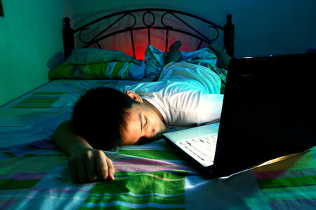La mala calidad de sueño de los adolescentes y dormir menos horas de las recomendadas, provoca ansiedad y depresión