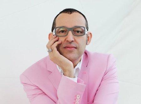 El color favorito de Karim Rashid es el rosa