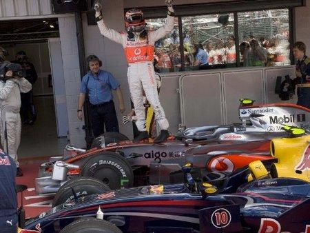 Primera pole position para Heikki Kovalainen en Silverstone
