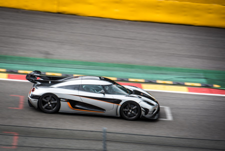 Video: Koengisegg One:1 impone récord en Spa Francorchamps