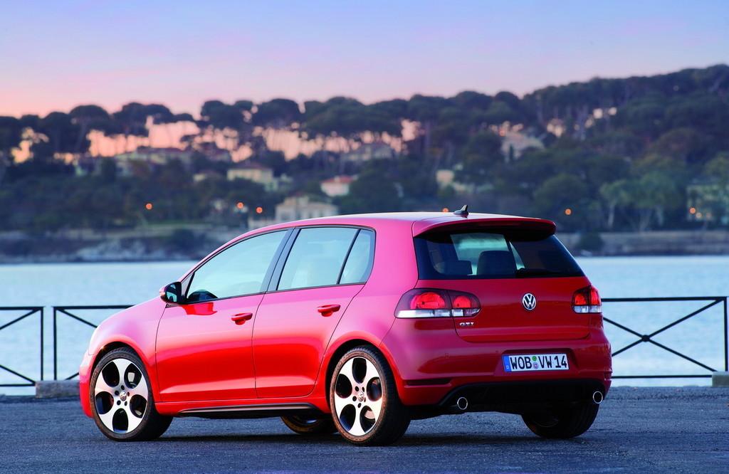 Foto de Volkswagen Golf GTi 2010 (6/38)