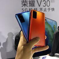 Huawei negocia la venta de Honor para que su submarca de móviles evite el veto de los EE.UU, según Reuters