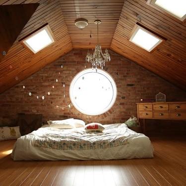 27 imágenes inspiradoras para aprovechar una casa con techos altos