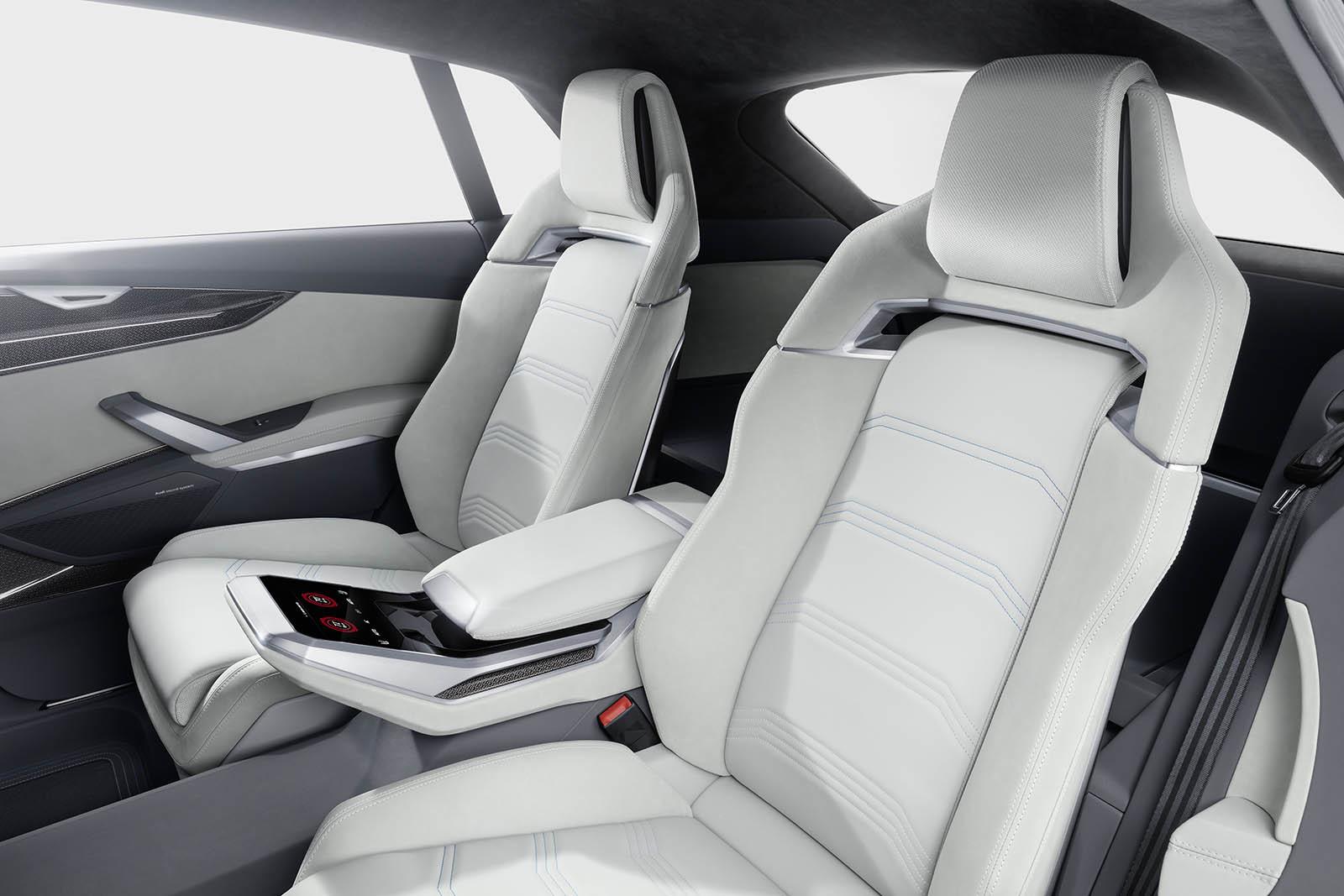 Foto de Audi Q8 Concept (32/39)