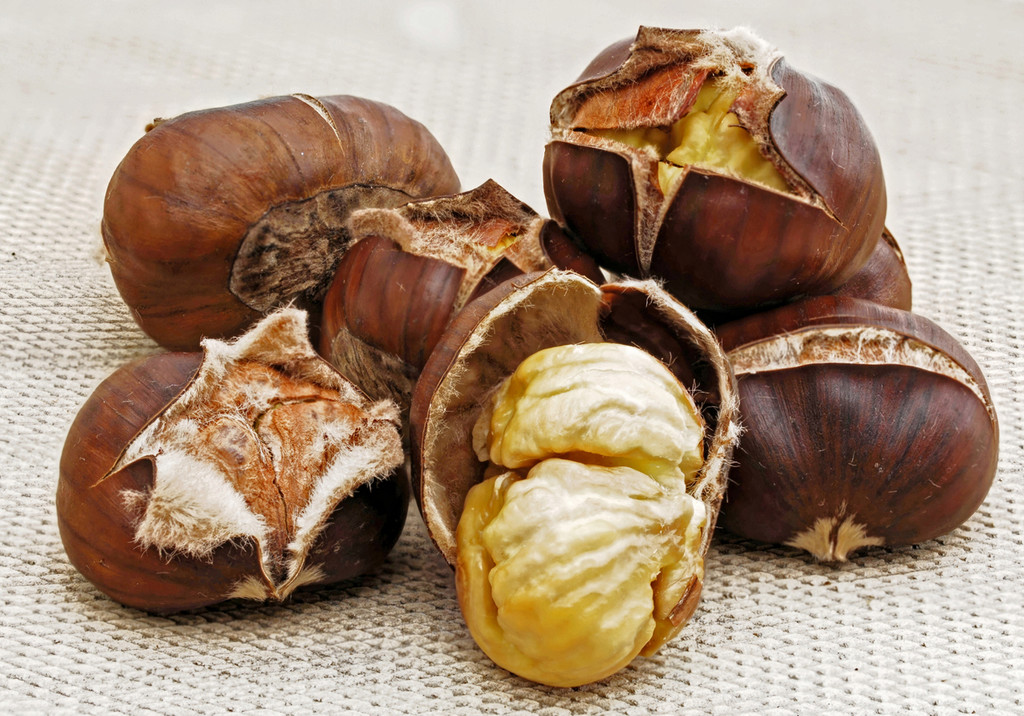 Cómo preparar las castañas al microondas y 11 recetas con el fruto seco más saludable de la temporada