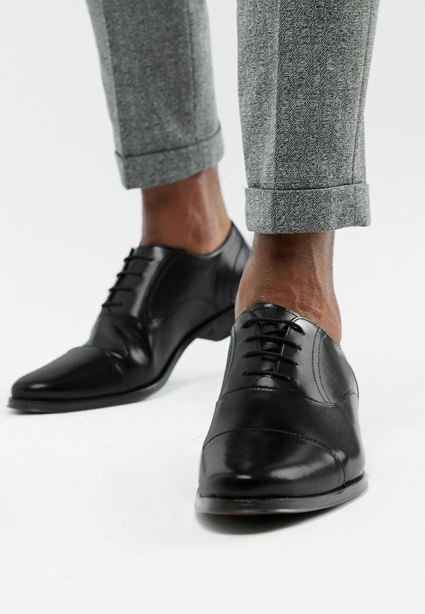 Zapatos Oxford de cuero negro con puntera de ASOS DESIGN
