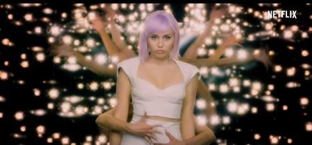 'Black mirror' nos vuela la cabeza con el tráiler de la quinta temporada y la presencia de Miley Cyrus