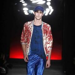 Foto 1 de 13 de la galería custo-barcelona-primavera-verano-2018 en Trendencias Hombre