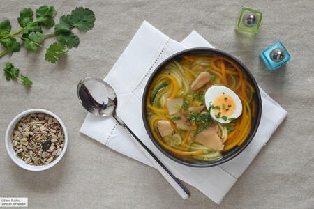 Purrusalda, sopa crema de calabaza y otras 25 sopas y cremas de verduras saludables para adentrarnos en el otoño