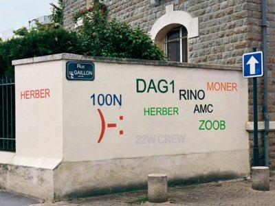 El traductor de grafitis es  la última (y genial) intervención en el mundo del arte