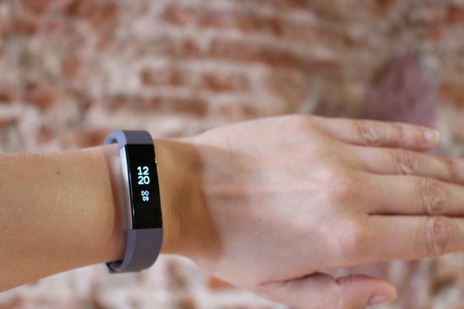 Fitbit actualiza su aplicación y ya vuelve a ser funcional en teléfonos con Windows 10 Mobile