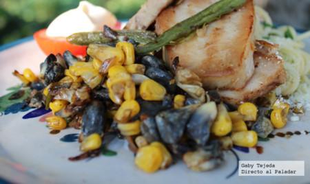 Cuitlacoche (Huitlacoche) para guarnición de carnes o huevos. Receta