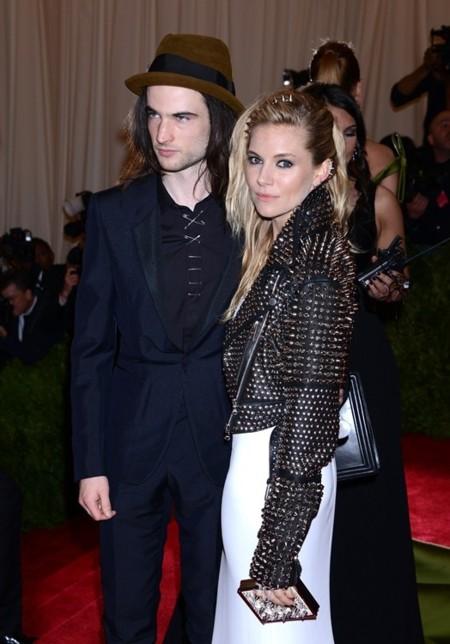 Gala del Met 2013, las actrices sacaron su lado punk