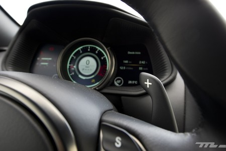 Aston Martin DB11 prueba