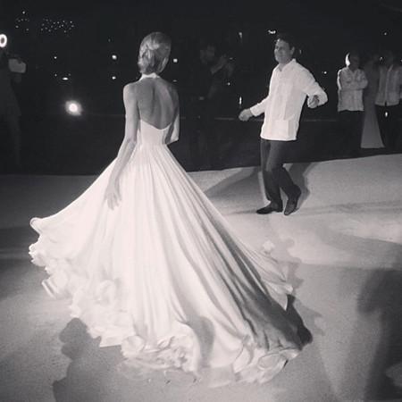 Mary Katrantzou espalda vestido de novia