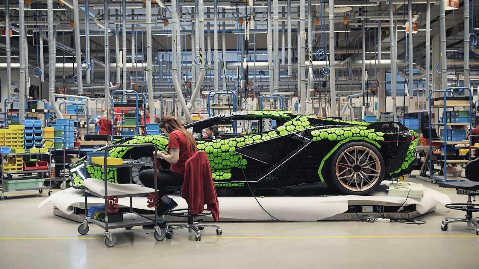 Foto de Lamborghini Sián Lego replica tamaño real (12/18)