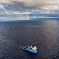 La red de Ocean Cleanup ha capturado 28 toneladas de basura en sus pruebas, así que la van a hacer tres veces más grande