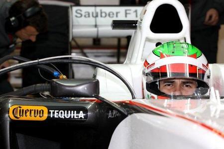 Sergio Pérez obtiene el mejor tiempo en el tercer día de tests en Montmeló