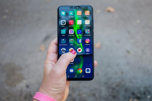 Ofertas AliExpress: Xiaomi Mi A2 Lite, Huawei Honor 8X y Mi TV Box a mejor precio