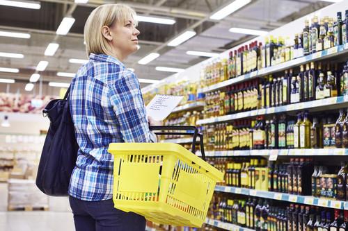 El aceite de oliva no tendrá color rojo: Sanidad aclara las primeras dudas sobre el nuevo etiquetado de alimentos