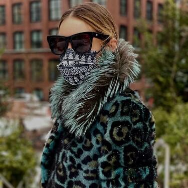 Cinco abrigos y chaquetas animal print de pelo que están de rebajas y que el último look de Olivia Palermo nos ha hecho desear