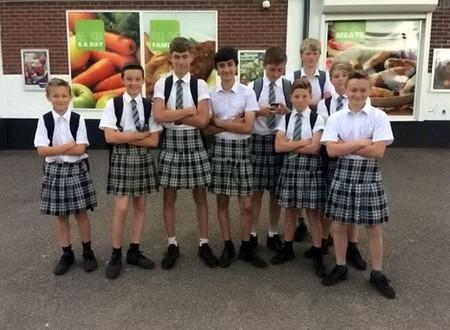 niños falda igualdad vestimenta codigo