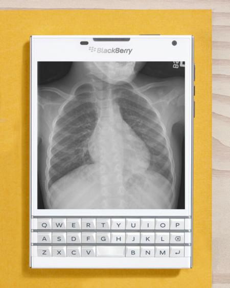 Blackberry Passport X-Ray