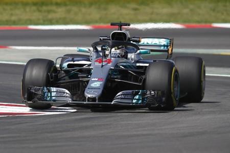 Lewis Hamilton vuelve a volar y se lleva una disputada pole position en el GP de España de Fórmula 1