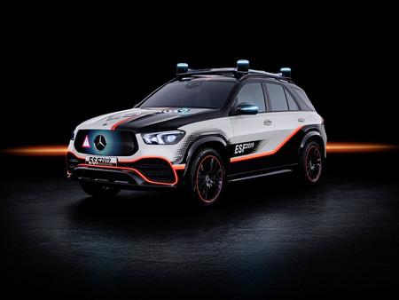El Mercedes-Benz ESF 2019 anticipa el futuro de la marca:  robots asistentes, volante y pedales retráctiles