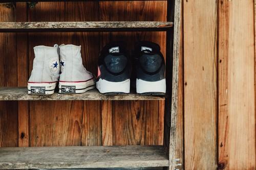 Las mejores ofertas en zapatillas (y chanclas) hoy en AliExpress: Converse, Reebok o Pepe Jeans