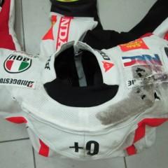 Foto 2 de 3 de la galería el-equipo-de-marco-simoncelli-tras-la-caida-de-sepang en Motorpasion Moto