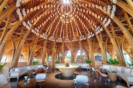 Cúpulas de bambú realizadas al fuego y que imitan a las clásicas catedrales europeas