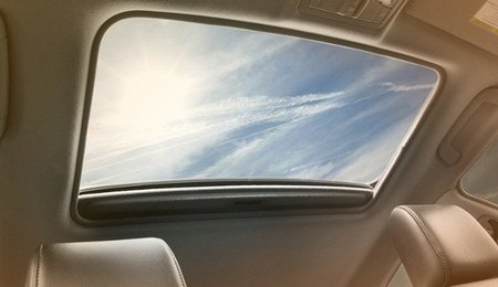Pasar calor en el coche, una incomodidad y un riesgo