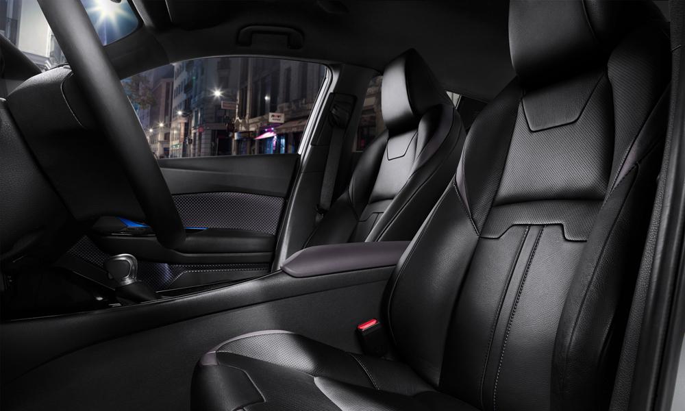 Foto de Interior del Toyota CH-R (1/9)