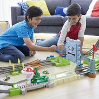 Hot Wheels y Nintendo se unen para lanzar este verano la línea de juguetes y circuitos basados de Mario Kart