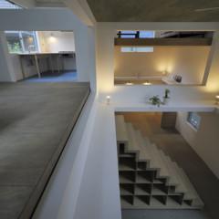 Foto 4 de 14 de la galería casas-poco-convencionales-viviendo-en-una-estanteria-gigante en Decoesfera