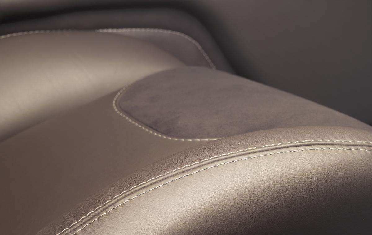 Foto de Jaguar XJ220 por Overdrive AD (10/21)