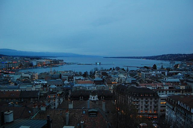 640px-geneva_downtown_and_the_lake.jpg