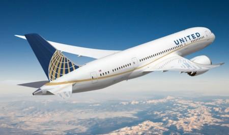 La seguridad de los sistemas de los aviones en compromiso: así se hackearon los vuelos de United