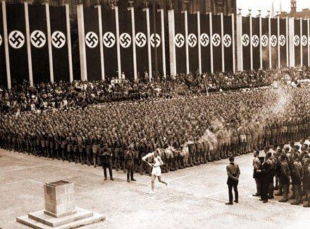 Cómo Hitler y el nazismo acabaron con el desempleo en los 30