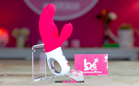 Miss Bi Lys Erotic Store