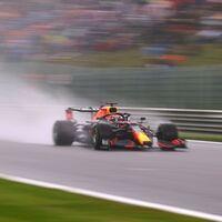 ¡Qué locura! Max Verstappen le quita su primera pole position a George Russell bajo el diluvio en Spa