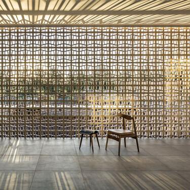 Arquitectura de contrastes en una casa situada en el  entorno más rural de Mallorca