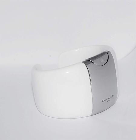 pulsera con gel desinfectante