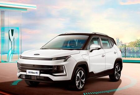 JAC se suma a la moda de los autos autónomos nivel 2: el JAC E Sei4 puede conducir, acelerar y frenar de manera automática