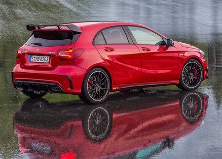 Mercedes Benz A45 Amg 4matic 2016 1024 0d